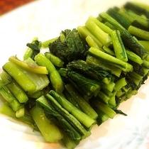 ■信州と言えば野沢菜。絶対食べてくださいね。(夕食バイキングメニュー一例)