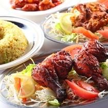 ■【エスニック料理】併設の『エスニックレストランかもしか』のお料理。本場の味です