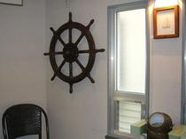 3階舵と羅針盤