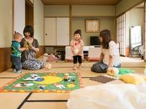 【川側和室8畳2間】赤ちゃん連れ向けのプランもございます。