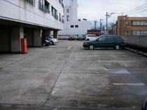 2F駐車場