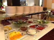 朝食バイキング(会場:石巻グランドホテル)