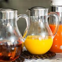 【ドリンク】オレンジジュース・アップルジュース・野菜ジュース・コーヒーなどご用意しております