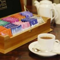 朝食風景紅茶