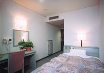 3F洋室シングルバストイレ付タイプ
