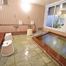 *【男湯2】天然温泉【ピント湯】です。含硫黄ナトリウム塩化物泉でお肌にいいと人気です。
