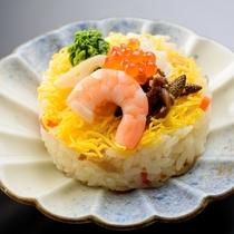 【白魚と土筆のちらし寿司】