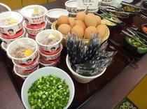 アツアツご飯に卵かけ