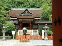 和歌の浦:紀州東照宮の本殿:車で約20分