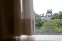 ホテルからの岡崎城