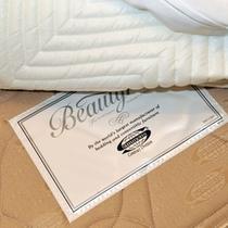 シモンズ社製ベッド。上質な眠りをご体感ください。