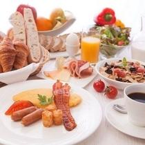 朝食ブッフェでおすすめはおすすめはシェフが目の前で焼き上げるオムレツ!