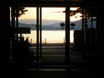 ロビーからの田沢湖
