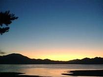 黄昏の田沢湖