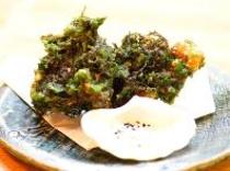もずくとアーサーの天ぷら(1階平家亭での料理の一例です。)