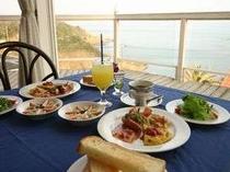 ◇朝食◇レストランで海を見ながら・・・