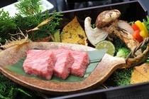松茸と牛肉の石焼