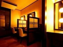 女性大浴場の化粧台