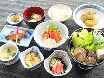 【梅膳】十勝らしい素材をふんだんに盛り込んだお料理は地元の方にも評判。