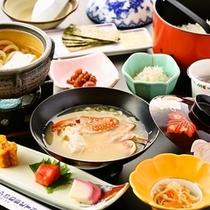 【朝食御膳一例】宮崎県産米や渡り蟹の味噌汁など、やっぱり和食でほっこり!
