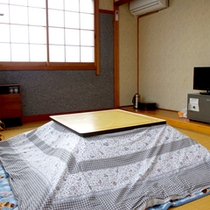 【和室一例】冬はコタツをご準備致します♪お部屋でぬくぬくお過ごし下さい。