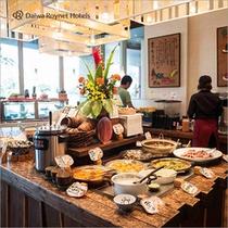 沖縄料理や和食の種類豊富なバイキングです