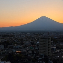 スカイラウンジから見える富士山
