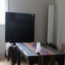 隠れ個室40インチTV