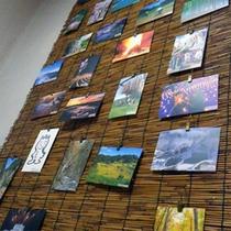 *ロビー/四季折々、周辺の美しい景色を収めたポストカード!
