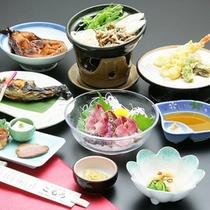 *【夕食全体例】佐久鯉や山菜など地産地消を大切にした料理をご提供します。