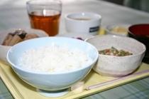 朝食-富山産のコシヒカリ
