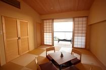 琉球畳と珪藻土の落ち着いた和室