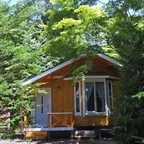 *2名用コテージ_外観/池に面した一戸建て・庭付き (1LDK+ベランダ)38平米!
