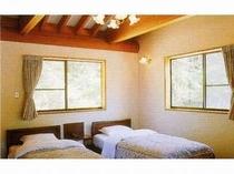 コテージ 寝室