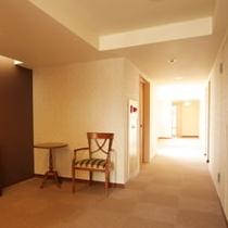客室階 廊下&エレベーター前