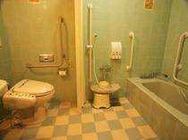 ユニバーサルルーム バストイレ