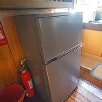 冷蔵庫は共同でご利用くださいませ。