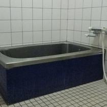 *【お風呂】本館:和室の方は、こちらのお風呂(共同)をご利用いただきます。