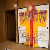*【宿泊特典】沖縄の民族衣装を着て記念撮影!可愛いと人気です♪(女性限定/無料)