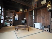 【古民家タイプ】古民家を移築した7.5畳の和室です。