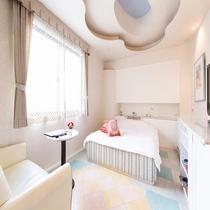 スタンダードダブルルーム(お部屋の大きさ 25~28平米)クィーンサイズのベット