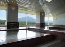 展望浴場『シ・フォン』浅間山(春〜)