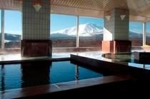 展望浴場『シ・フォン』浅間山(冬)