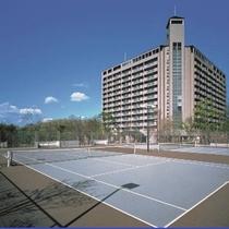 外観(ホテル専用テニスコート)