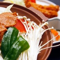 *お料理一例/地元山梨の美味しいものを中心にお楽しみいただける和食膳。