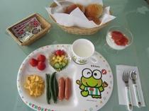 朝食の一例(お子様プレート)