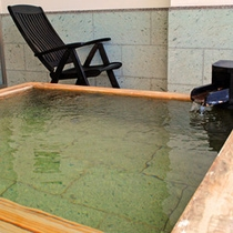 展望風呂付き客室【檜風呂】