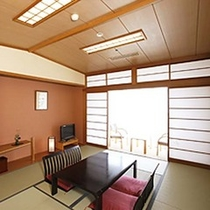 【和室】8〜10畳(トイレ付)