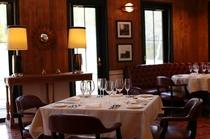 <洋食レストラン>セレナーデ(Serenade)テーブルアップ