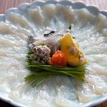 【料理】新鮮なふぐ刺し